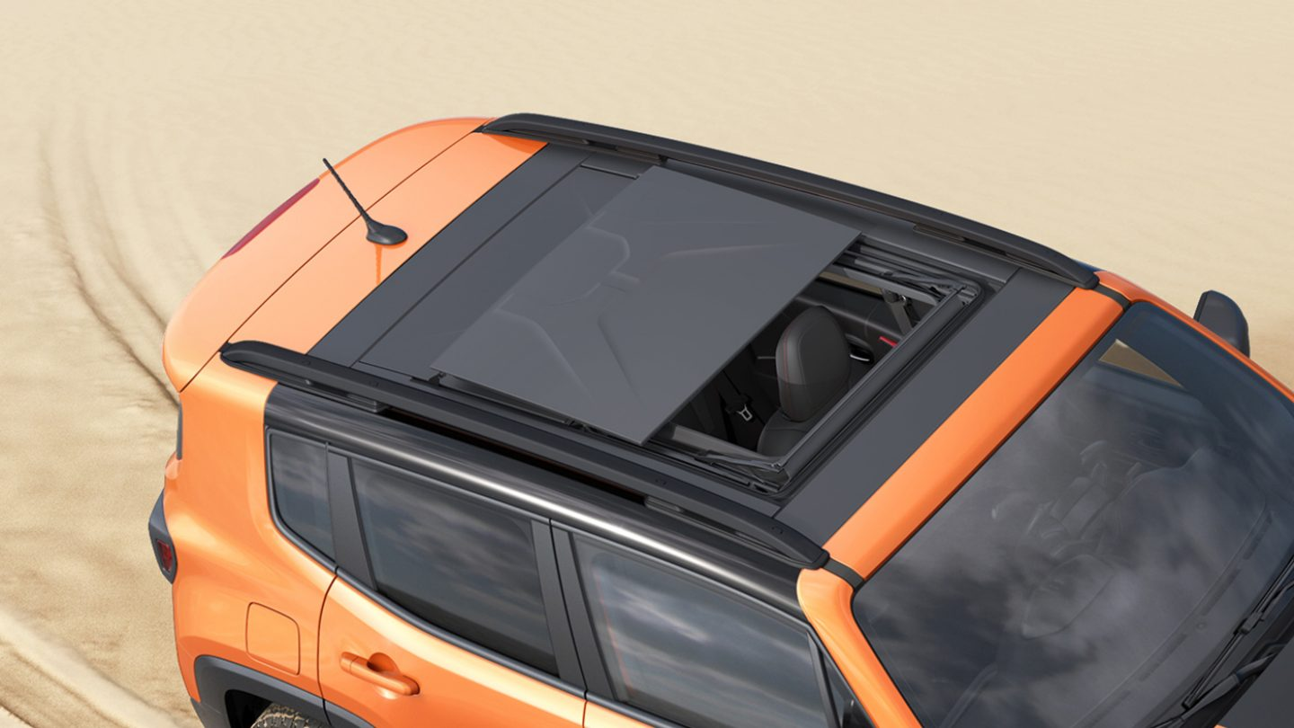 2017-Jeep-Renegade-Interior-Removable-Roof.jpg.image.1440 ...